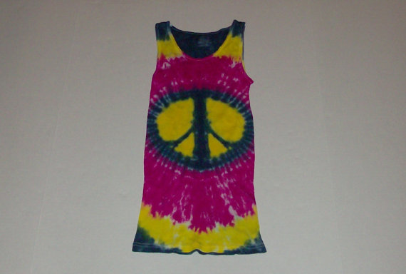 tie-die custom tank top idea